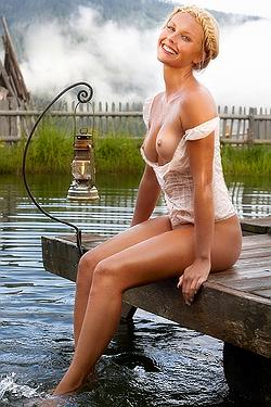 Denise cotte naked